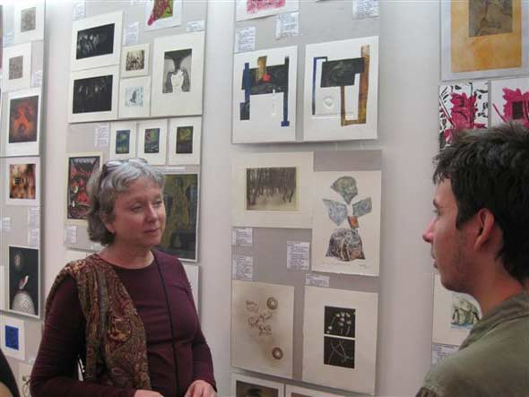 Margaret Graham, USA, explaining his favourites for the prizes